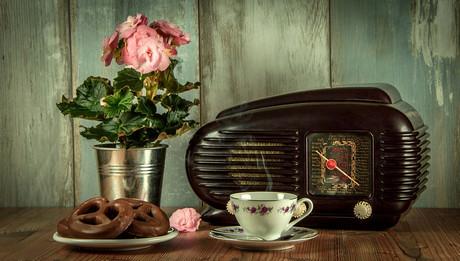 pozdravlenie-s-dnyom-radio